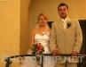 nevěsta s ženichem na balkóně